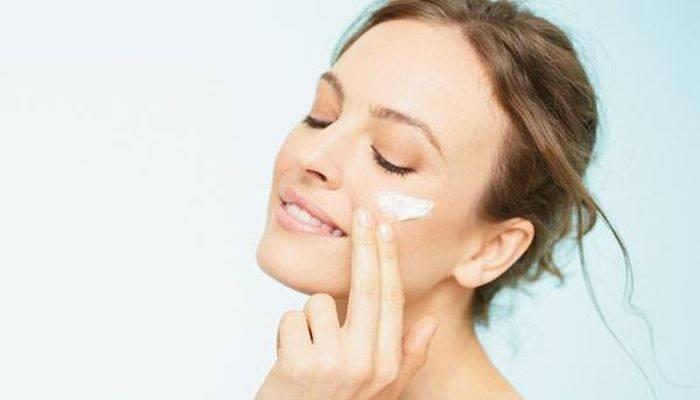Tại sao làn da luôn cần dưỡng ẩm